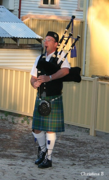 Bagpiper at the start of the marathon